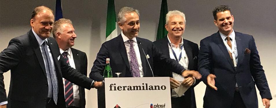 I presidenti delle cinque associazioni organizzatrici alla conferenza d'apertura dell'Innovation Alliance. Secondo da destra, il presidente di ARGI Roberto Levi Acobas